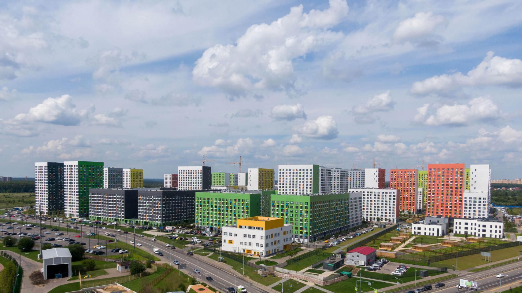 Новый пул квартир вжилом районе «Бунинские луга» поступил впродажу